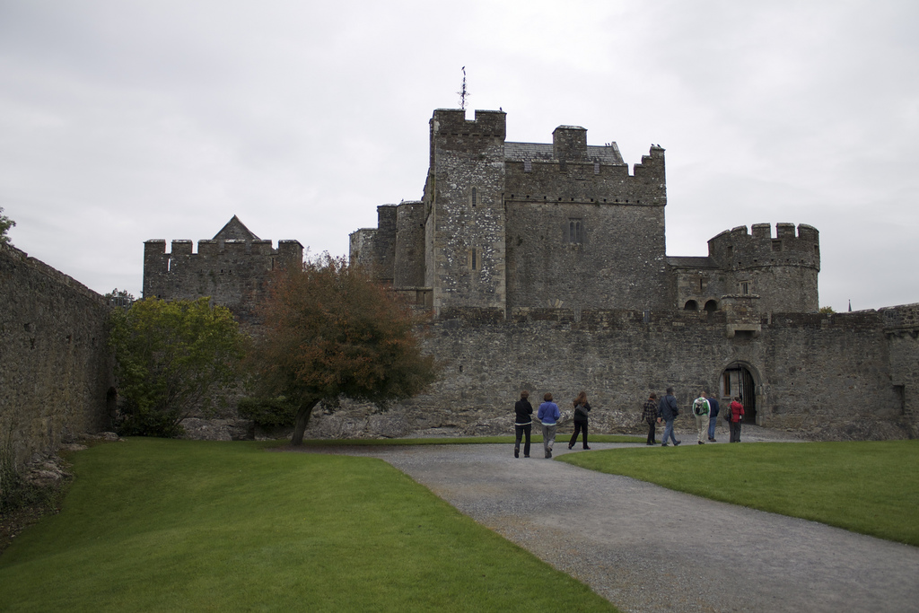 Cahir Castle photo
