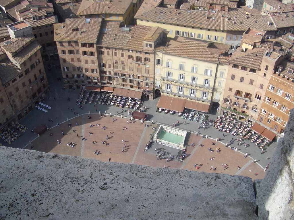 Piazza del Campo photo