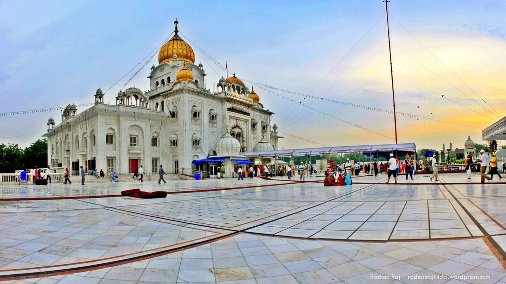 Gurudwara Bangla Sahib photo