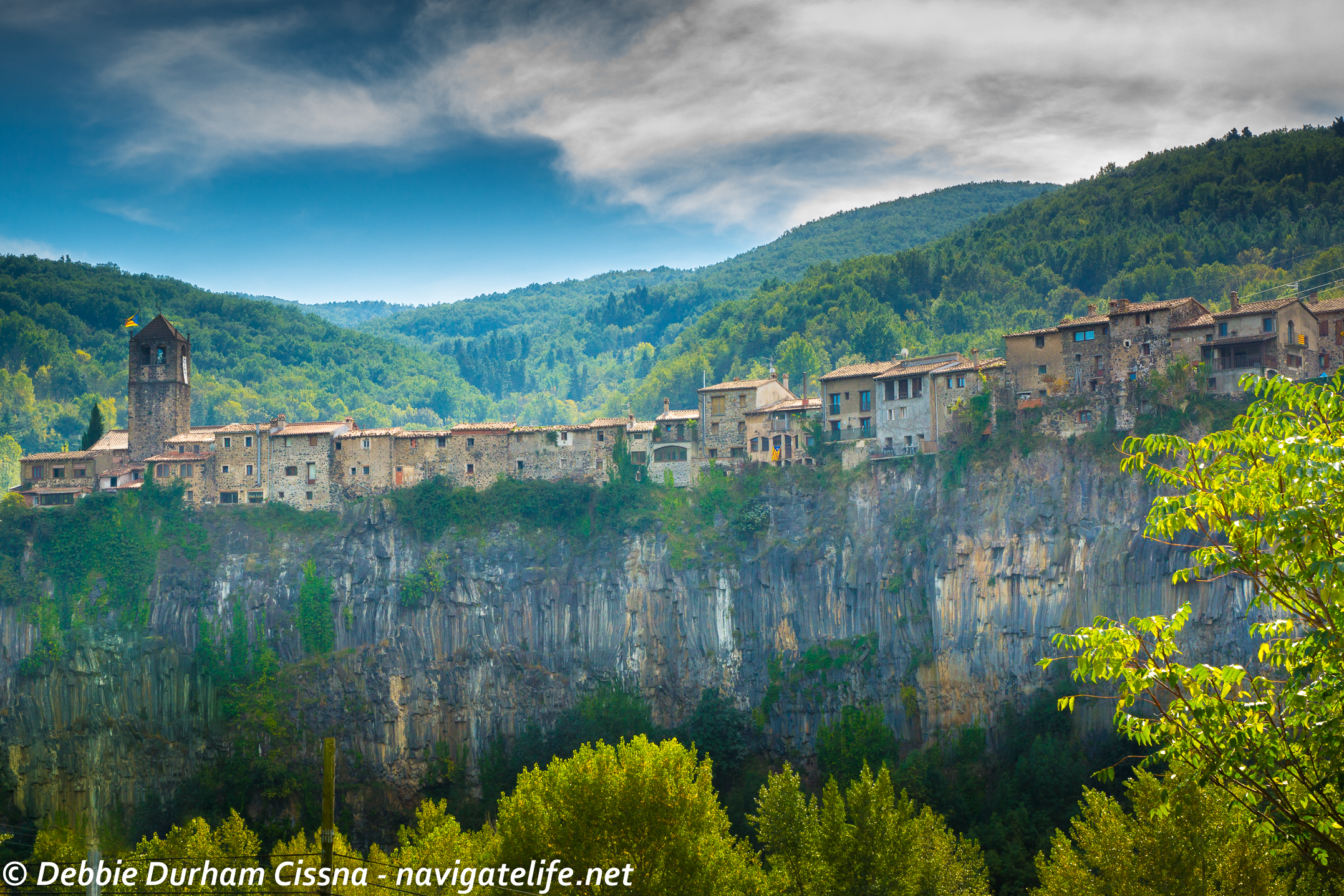 9 real life fairytale villages in europe travel pleasure for In wash de roca
