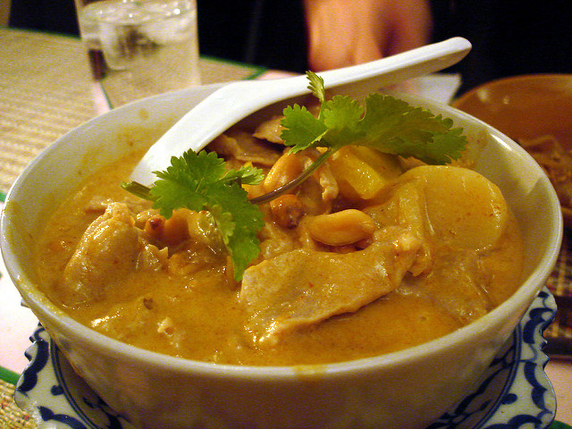 These Top 10 Thai Foods will Spice Up your Christmas